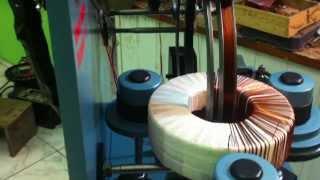 getlinkyoutube.com-Máquina de enrolar transformador toroidal caseiro.