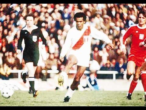 Homenaje al Futbol Peruano (El Toque Peruano)