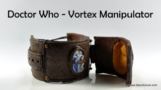 getlinkyoutube.com-Doctor Who Vortex Manipulator (wearable!) - polymer clay TUTORIAL