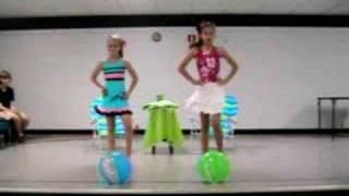 getlinkyoutube.com-School Talent Show-Fabulous