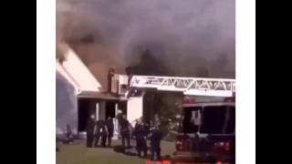 getlinkyoutube.com-Im stuck on this roof, its burning and shit