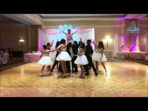 Tiempo de Vals : Quinceanera Waltz Vals - Fairytale Dances