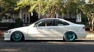 getlinkyoutube.com-Wheel Spacers and Camber | Bagged Honda Civic
