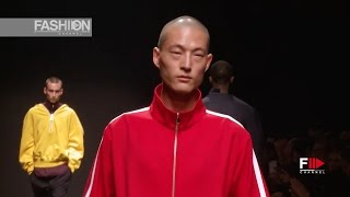 getlinkyoutube.com-LUCIO VANOTTI Fall Winter 2017 2018 PITTI UOMO 91° by Fashion Channel