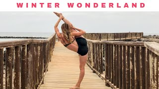 getlinkyoutube.com-CHLOE BRUCE - Winter Wonderland