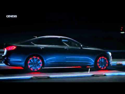 Hyundai Genesis Световое шоу HTRAC