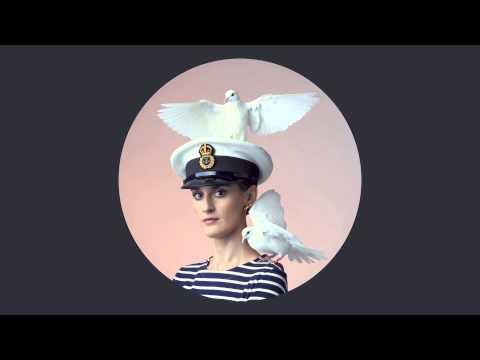 YELLE - L'Amour Parfait -hlpkNylle64
