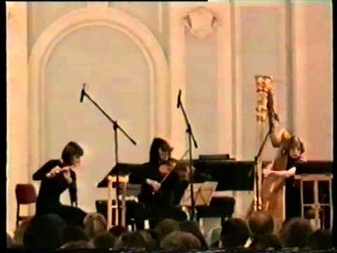 Anna Verkholantseva (harp) plays Claude Debussy´s Sonata for Flute, Viola and Harp F-major (1915)