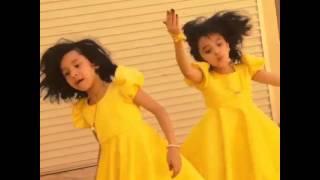 getlinkyoutube.com-انا احبش واحب امش .. رقص لجين والجوري