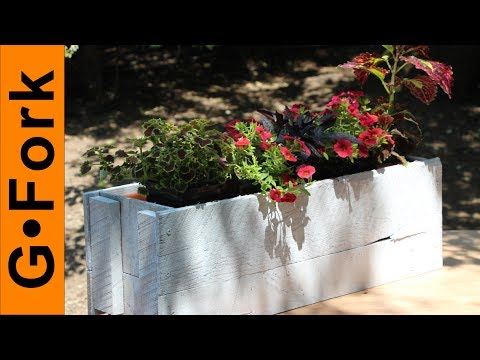 Easy Window Box Made From Pallet Wood - DIY Project - GardenFork