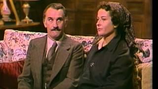 getlinkyoutube.com-la tela del ragno - Agatha Christie
