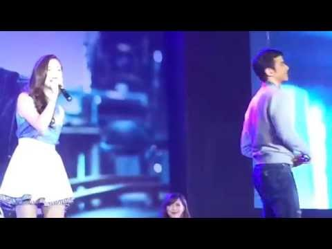 Penshoppe Fan Con 2014 (Mario Maurer and Baifern Pimchanok) - Fancam