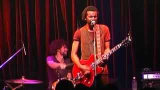 getlinkyoutube.com-Gary Clark Jr - 3 O'Clock Blues (B.B. King & Eric Clapton cover)  Live 2013