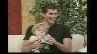 getlinkyoutube.com-Christian Meier entrevista por el día del Padre en 'Risas de América'