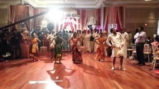 getlinkyoutube.com-Kumki Soi Soi Dance