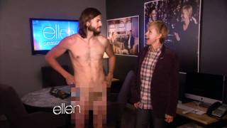 getlinkyoutube.com-Ashton Kutcher Gets Naked