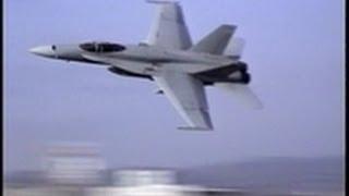 getlinkyoutube.com-Amazing take off !  F-18 伝説のテイクオフ 93年浜松基地航空祭 VMFA-115(VE-02)