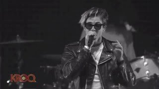 getlinkyoutube.com-The Neighbourhood - Cry Baby [Live at the Kroq Almost Acoustic Christmas Festival]