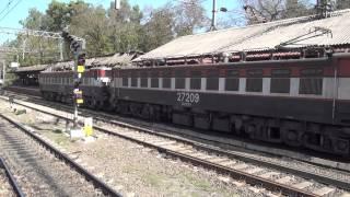 getlinkyoutube.com-Superb Starting Sounds Of Pantograph Raising 10,700Hp WAG-7 Locomotives at Lonavala station, India