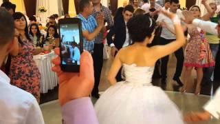 getlinkyoutube.com-Армянская свадьба Геворга & Мариам 23.08.2015г. Танец невесты Мариам