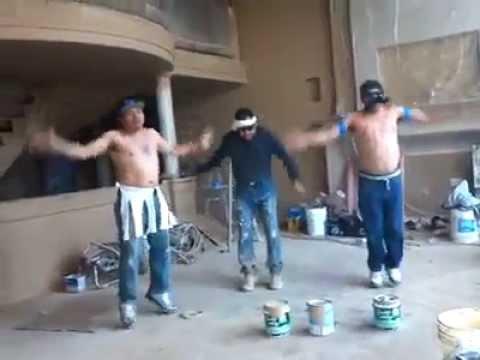 Albaniles bailando Zumba Segunda Clase El Botecito