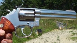 getlinkyoutube.com-Smith & Wesson Model 617 Revolver 22LR