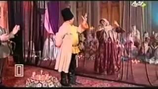getlinkyoutube.com-یک رقصِ زیبا  از فیلمِ آرشین مالالان ، آذربایجان