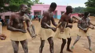 La danse traditionnelle du peuble Anagsama, Cameroun