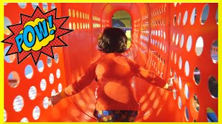 getlinkyoutube.com-Indoor Playground Family Fun Play Area Kids Giant Slides Childrens Inflatable Play Center Play Place