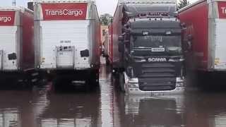 getlinkyoutube.com-Powodz na Transcargo Szczecin- Scania podpina naczepe