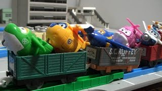 getlinkyoutube.com-슈퍼윙스 장난감 기차놀이 Super Wings Toys Train
