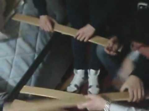 Come riparare le doghe rotte di un letto fai da te mania - Tastiera del letto ...