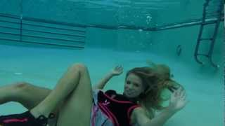 @TrinaMason IN A PLAYBOY CHEERLEADER COSTUME UNDERWATER WITH FINS #IAMANAQUAPHILE