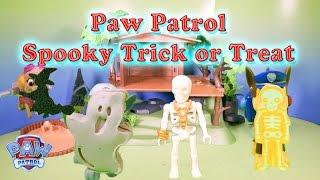 getlinkyoutube.com-PAW PATROL Nickelodeon Spooky Trick or Treat  Spooky Toys Video Parody