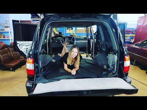 Где находится концевик двери у Jeep Чероки