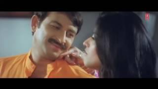 getlinkyoutube.com-Fom Waala Gadaa [Bhaiya Hamaar Dayawan] Feat.Sexy Monalisa & Manoj Tiwari