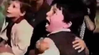 getlinkyoutube.com-طفل مات بالخوف