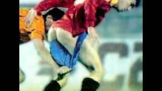 getlinkyoutube.com-Funny Football Accidents