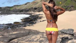 San Lorenzo Bikinis # The Ruffle Belt Style