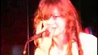 Skye Sweetnam Live performance