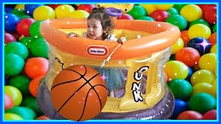 Baby Basketball Kids Transform Toy Spiders Into Colored Balls - HUGE Inflatable Sports Toy Ball-Pit