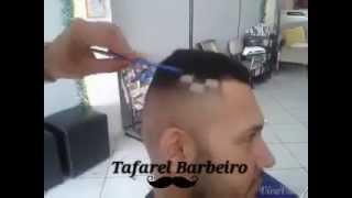 getlinkyoutube.com-Tafarel Barbeiro -Quadrinhos no cabelo,