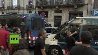 Enfrentamientos durante las protestas antifascista y anti Islam en Barcelona