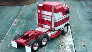 BJ and the Bear Kenworth - 1:32 scale