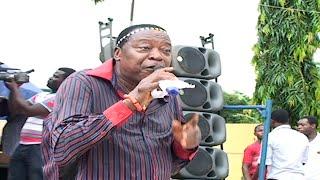 getlinkyoutube.com-Ambassador Osayomore Joseph Live On Stage - Edo Music Video