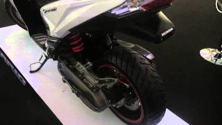 new honda vario 150 cbs modifikasi putih