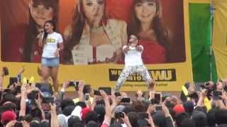 TRIO MACAN LIVE IN KOREA (LELAKI CADANGAN)