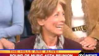 getlinkyoutube.com-Sound of Music - 40th Reunion - Julie Andrews & 7 Children