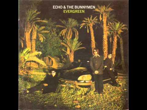 Just A Touch Away de Echo The Bunnymen Letra y Video
