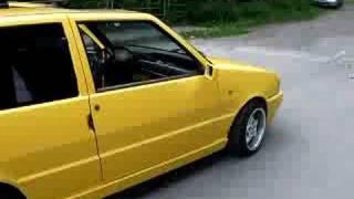Ferrari gelber Fiat UNO special tuning